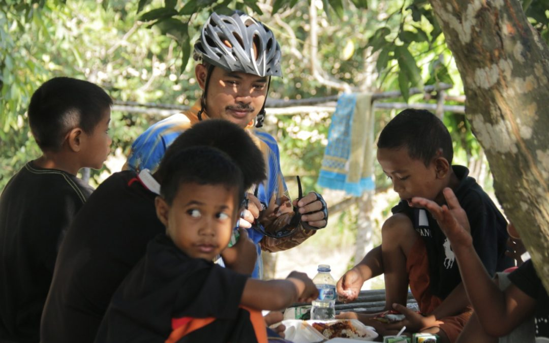 GOWES FOR CHARITY